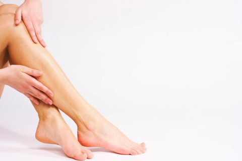 piel pies verano