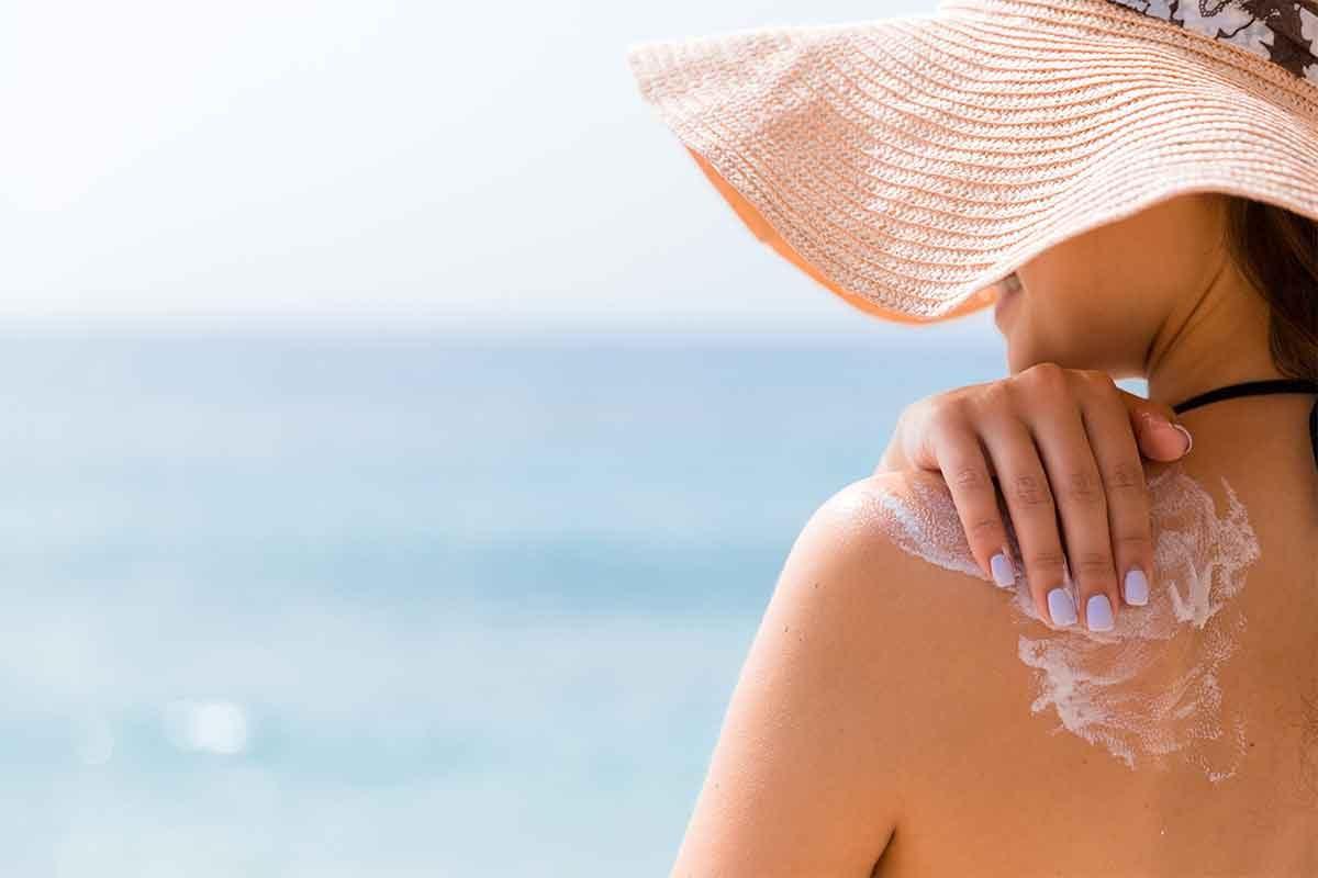 ¿Qué producto proporciona la mejor protección para tu piel atópica este verano?